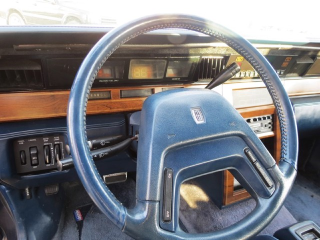 Used 1984 LINCOLN CONTINENTAL Givenchy | Miami, FL