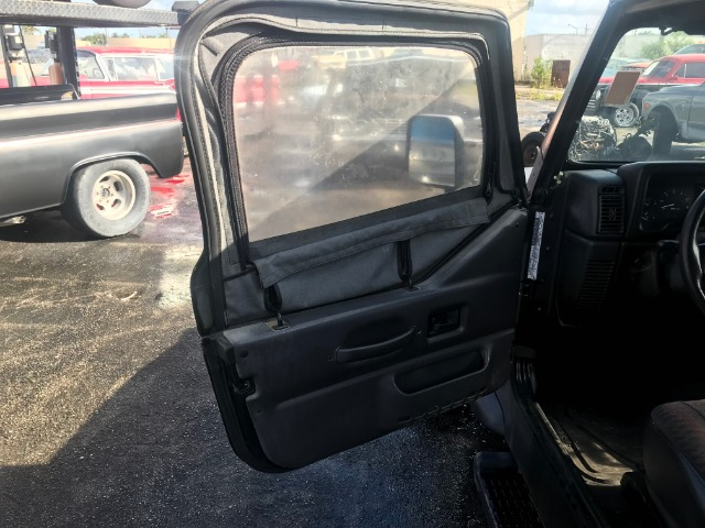 Used 2000 JEEP WRANGLER SPORT | Miami, FL
