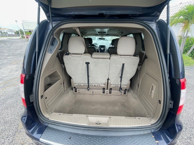 Used 2014 Chrysler Town and Country Touring   Miami, FL